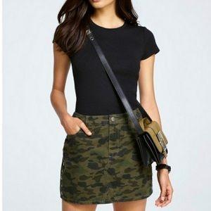 Rebecca Minkoff camo skirt size 25 2